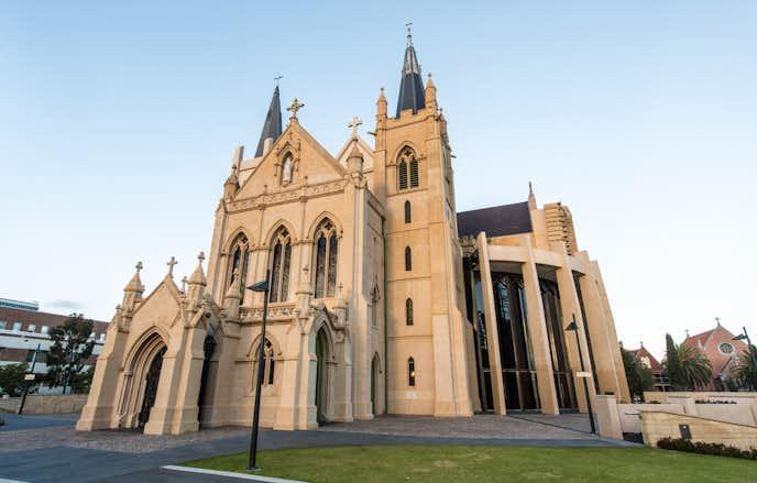 パースでおすすめの観光地はセント・メアリーズ大聖堂