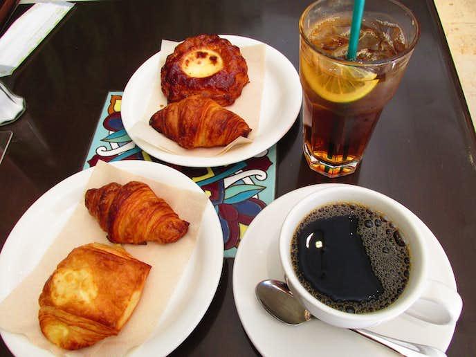 Urth caffe 代官山のおすすめメニューはクロワッサンセット