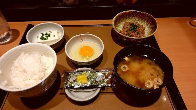 やよい軒のおすすめメニューは納豆定食