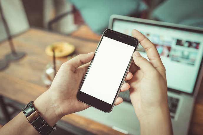 iPhoneにおすすめの有線スピーカー