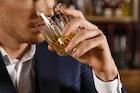飲み会で「モテる男」と「モテない男」の特徴 合コンでも使える最高の気遣いとは?   Smartlog