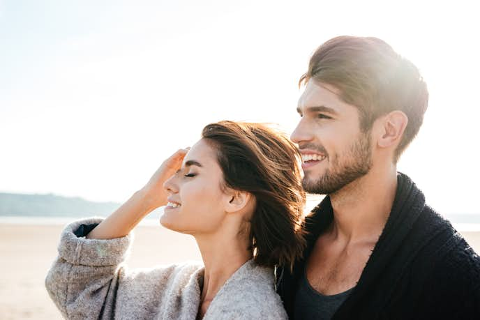 男性が好意を持っている女性への態度