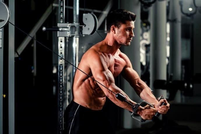 大胸筋を鍛えられるトレーニング