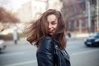 いい男から本気で愛される女性とは。男性から好かれる特徴や性格を大公開! | Smartlog