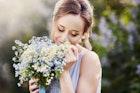 【決定版】男が惚れる上品な女性の特徴。品がある見た目・性格・所作まで大公開! | Smartlog