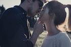 彼氏が彼女に「チューしたい」と思う17の瞬間。彼にキスをおねだりする方法も解説! | Divorcecertificate