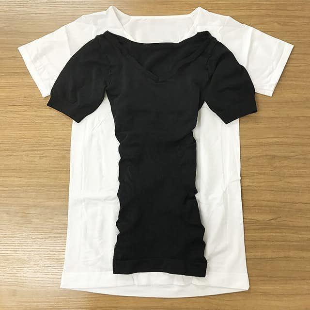 背筋トレーニングに効果的な加圧インナーシャツ