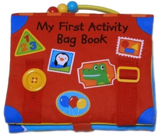 女の子の出産祝いにおすすめのおもちゃは知育玩具の布絵本