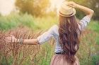 天然女子の特徴って?男ウケ抜群でモテる女性の恋愛傾向や性格を解説! | Smartlog