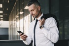 彼氏が構ってくれない理由と男性心理。寂しい時の対処法&忙しい彼への対応を紹介! | Smartlog