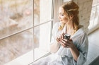 モテる癒し系女子になる方法。男性が好きな見た目・仕草・性格の特徴とは | Smartlog