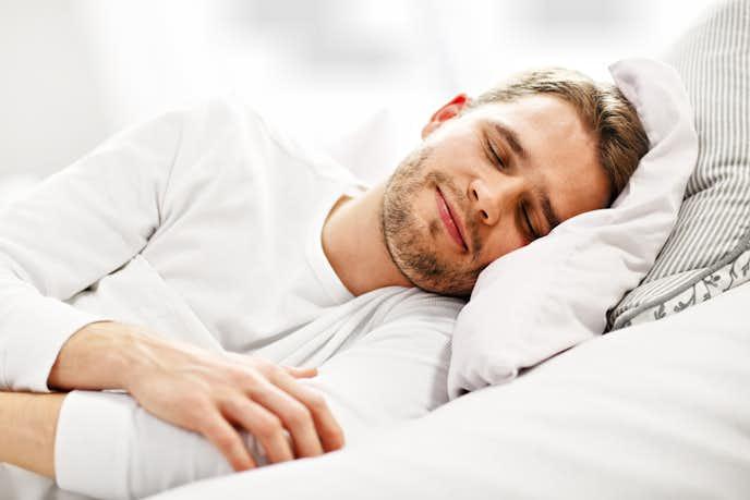 バルクアップ(筋肥大)に効果的な休養法:睡眠をしっかりと取る