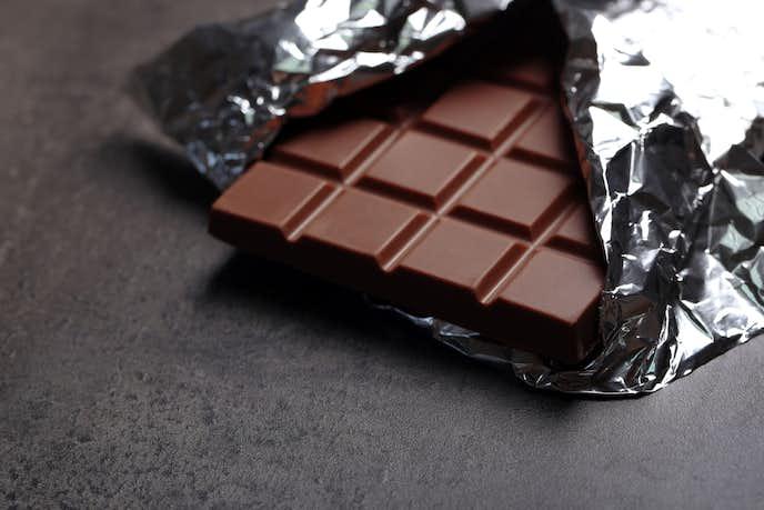 バレンタイン チョコ 腹筋 板