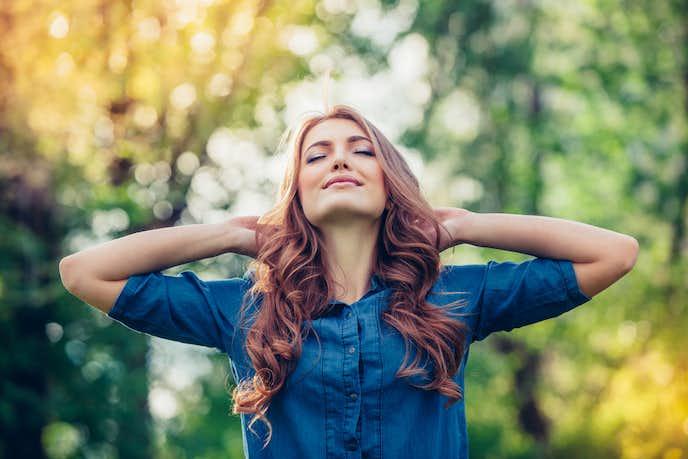 楽観的な人の性格/行動の特徴とは?魅力的な楽観的になる方法を紹介   Smartlog