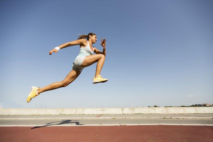 筋トレ ジャンプ力の効果的な鍛え方 高く跳ぶためのトレーニング