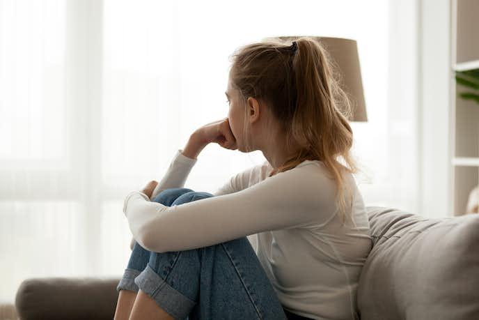 彼女が距離を置く8つの心理。別れる確率&別れた後の復縁方法 ...