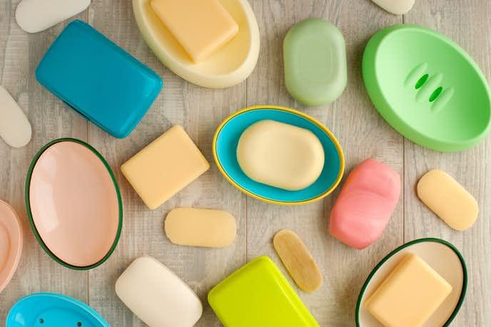 石鹸 固形 固形石鹸、無添加石鹸、いろいろあるけど消費期限はどれくらい?