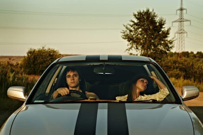 ドライブデート 寝る