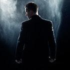 ミステリアスな男はモテる!謎めいた5つの特徴 | Smartlog