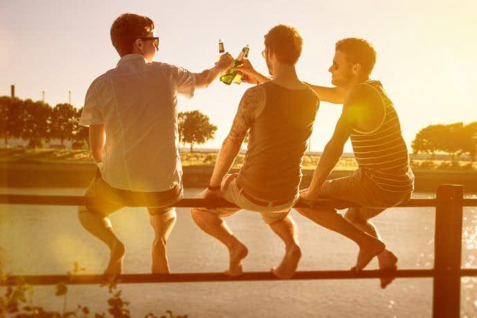 誕生日は友情サプライズ!男友達が絶対驚く面白いネタ20選 | Smartlog