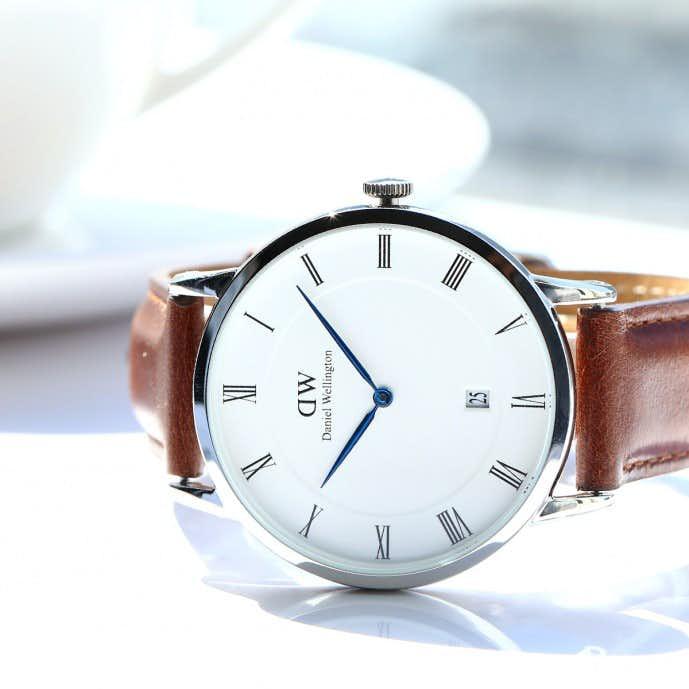 ダニエルウェリントンのダッパーセントモーズモデルの時計