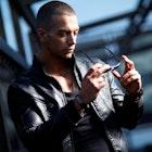 ライダースジャケットの着こなし術。上級コーデで男前メンズに。 | Smartlog