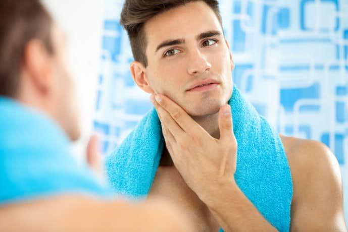 顎にできる大人ニキビの原因