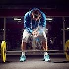 デッドリフトのやり方と種類を徹底解説!最高の筋トレ効果が望める筋トレBIG3の高負荷トレーニング方法 | Smartlog