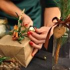 クリスマスプレゼントで彼女に贈りたい15個の高級キーホルダー | Smartlog