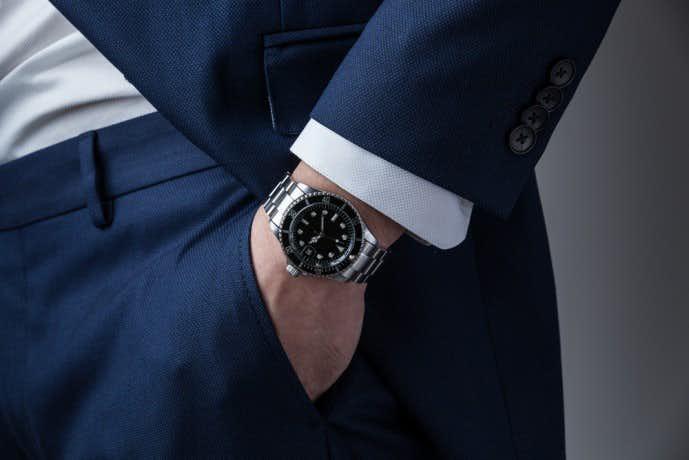 20代ビジネスマンの腕時計