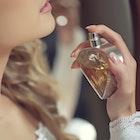 彼女への特別なクリスマスプレゼント。女性人気の高い香水11選 | Smartlog