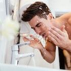 頬髭を脱毛して清潔感ある見た目に。効果的に処理できる施術方法とは   Smartlog