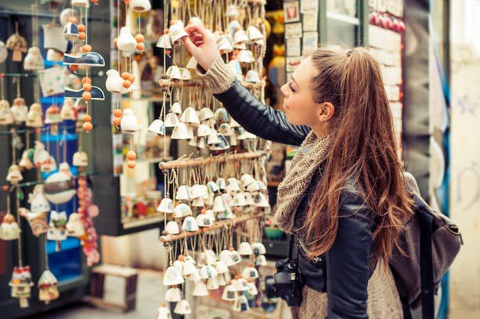 海外旅行保険の適用条件の「利用付帯」と「自動付帯」