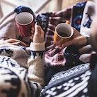 """寒い冬場は""""こたつ""""でぬくぬく。一人暮らしにおすすめの8台で快適な生活を   Smartlog"""
