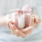 女友達が喜ぶクリスマスプレゼントランキング。女性ウケ抜群の人気アイテムとは | Smartlog