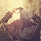 【クリスマスプレゼント】彼女との愛が深まるペアルックグッズを大特集 | Smartlog