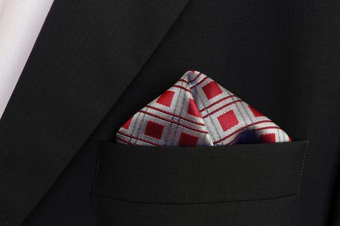 結婚式で取り入れたいポケットチーフ