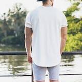 白Tシャツのメンズコーデ