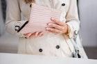 母の日におすすめのブランド財布特集。40代50代60代の母親に人気のプレゼントとは | Divorcecertificate