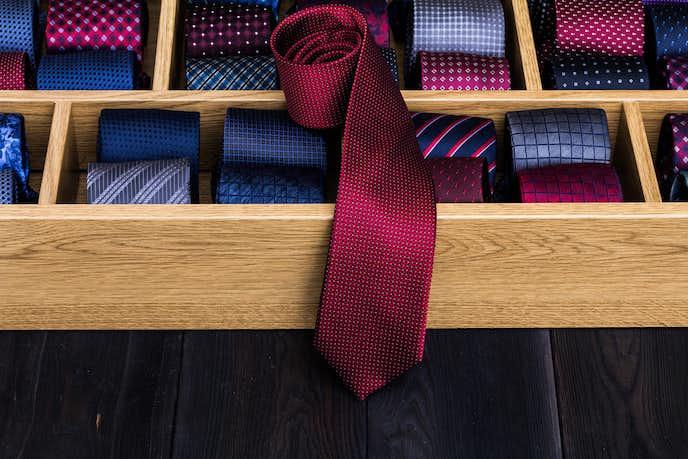 アンジェロフスコのネクタイ