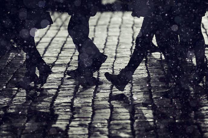 スエード靴が雨で濡れたとき
