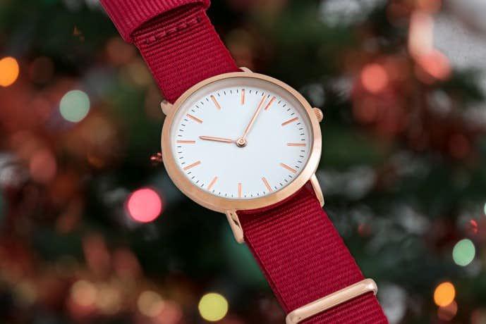 ノットの腕時計はベルトを変えれる
