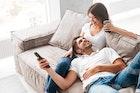 年上女性から好かれる男性の特徴。モテる男は自然と母性本能をくすぐれる | Smartlog
