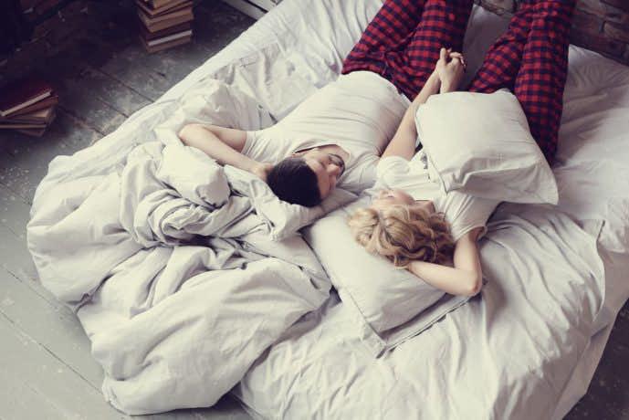 お家デートはいつでも寝れるパジャマが最適