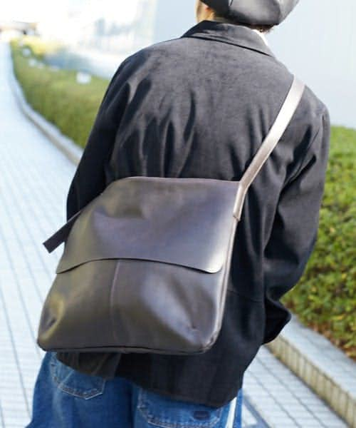 ショルダーバッグの人気ブランド