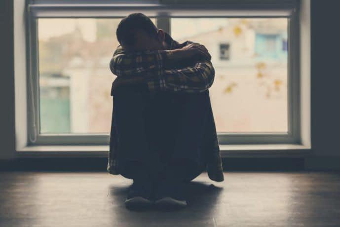 孤独を怖がる男性
