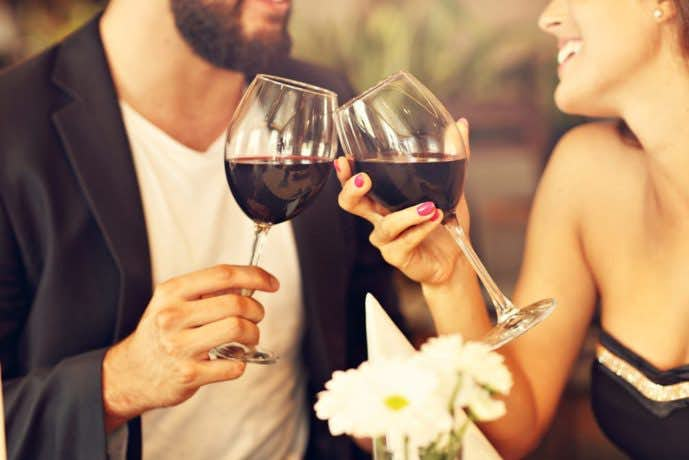 結婚祝いのプレゼントに贈るワイングラス